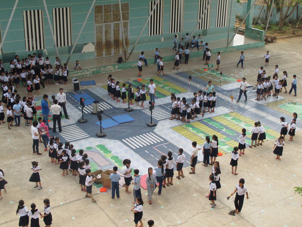 02 04-17 Walk With FedEx Tour HCMC 2